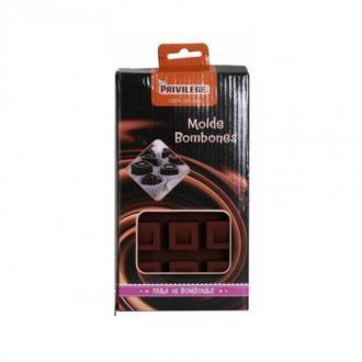 Силиконова форма за 15 квадратни шоколодави бонбони